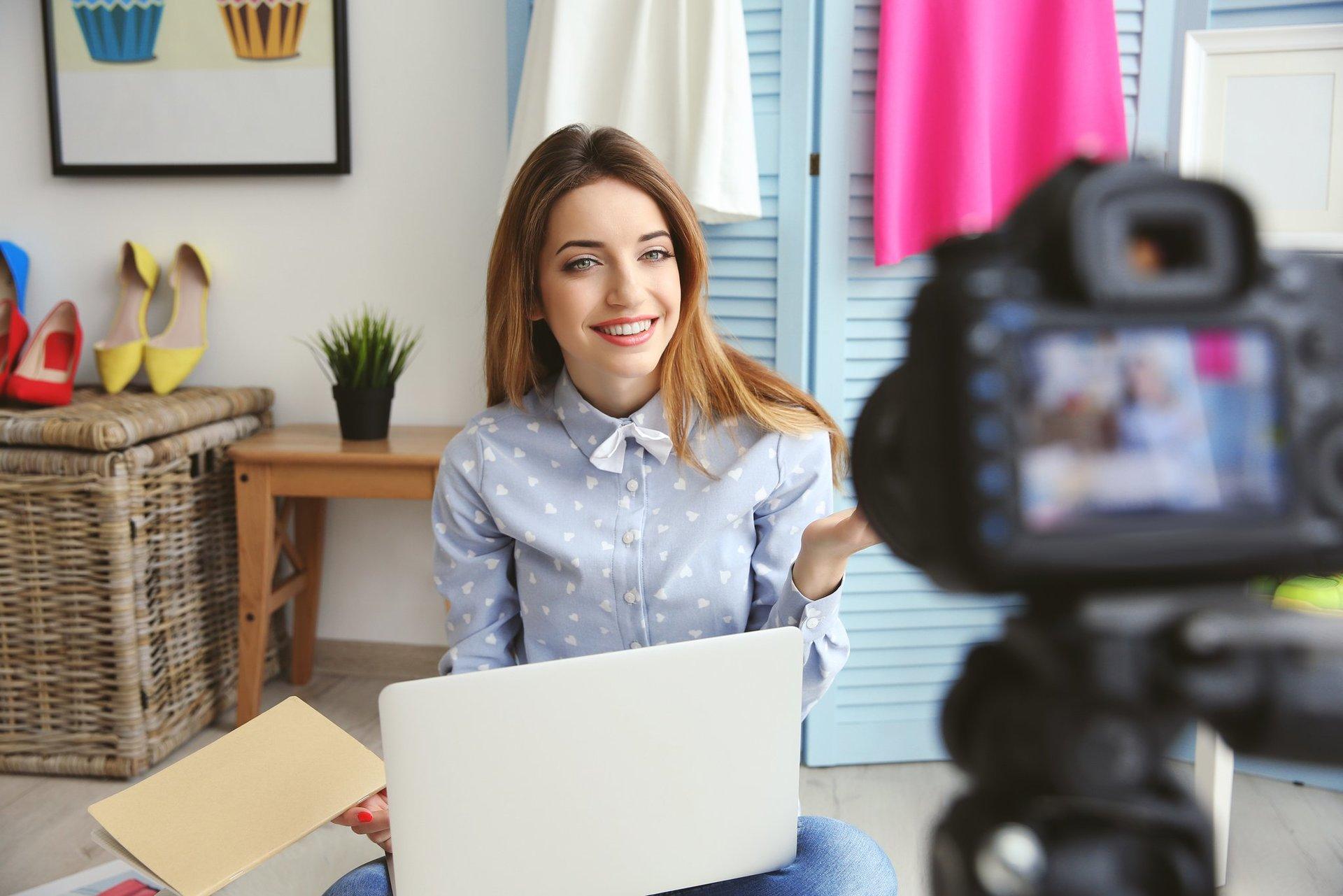 Возможно, блогер из совсем иной тематики с успехом прорекламирует ваш начинающий канал
