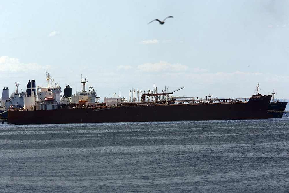 США импортируют рекордные объемы российской нефти, несмотря на растущую политическую напряженность