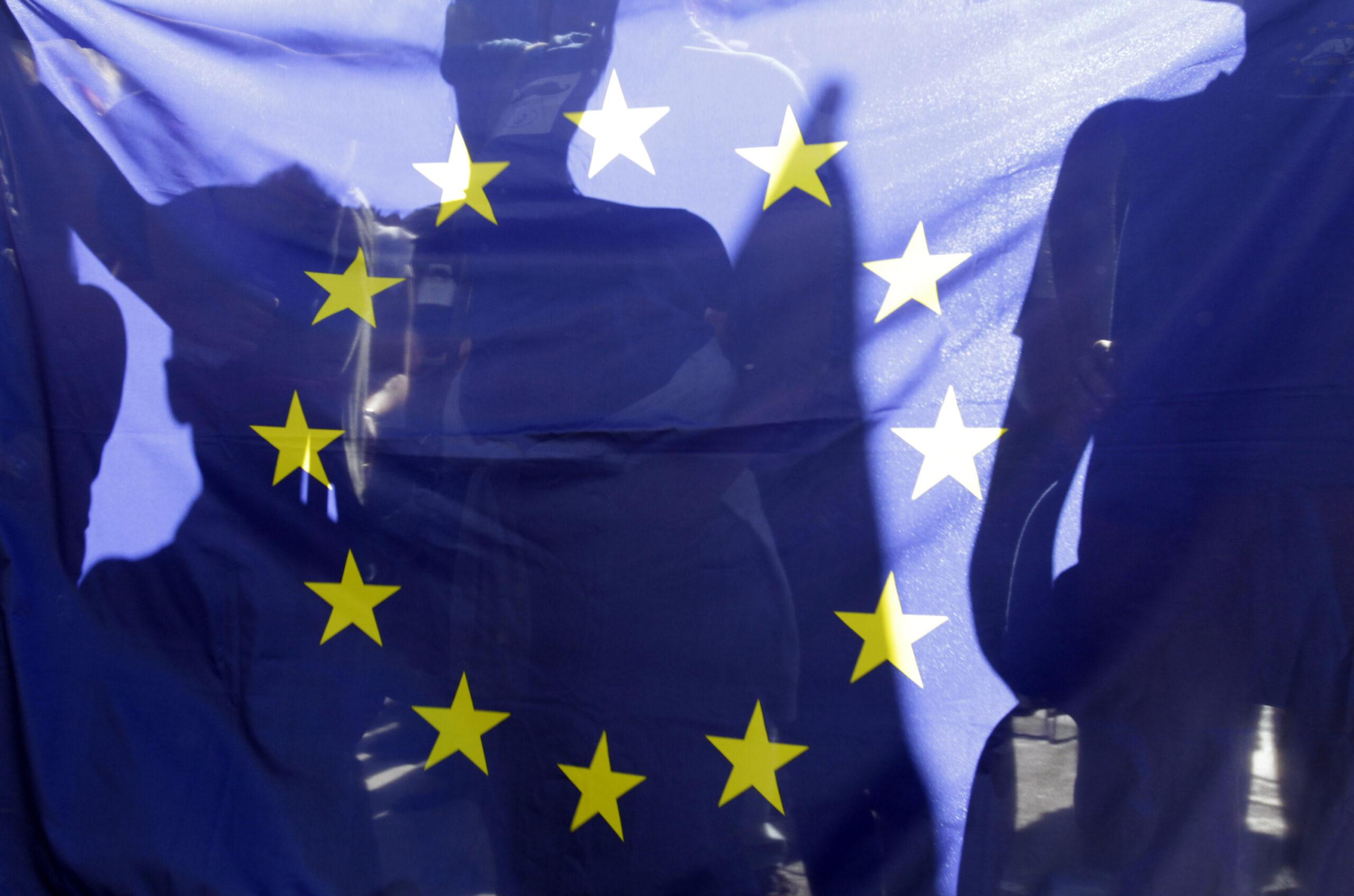 Украина призывает ЕС к экономическим санкциям против России